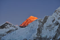 everest-at-sunset-from-kala-patthar
